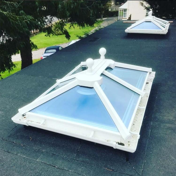 flatroof-skylights